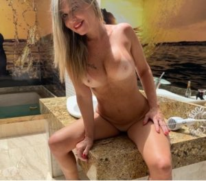Zorra hot erotic massage Laurens, SC